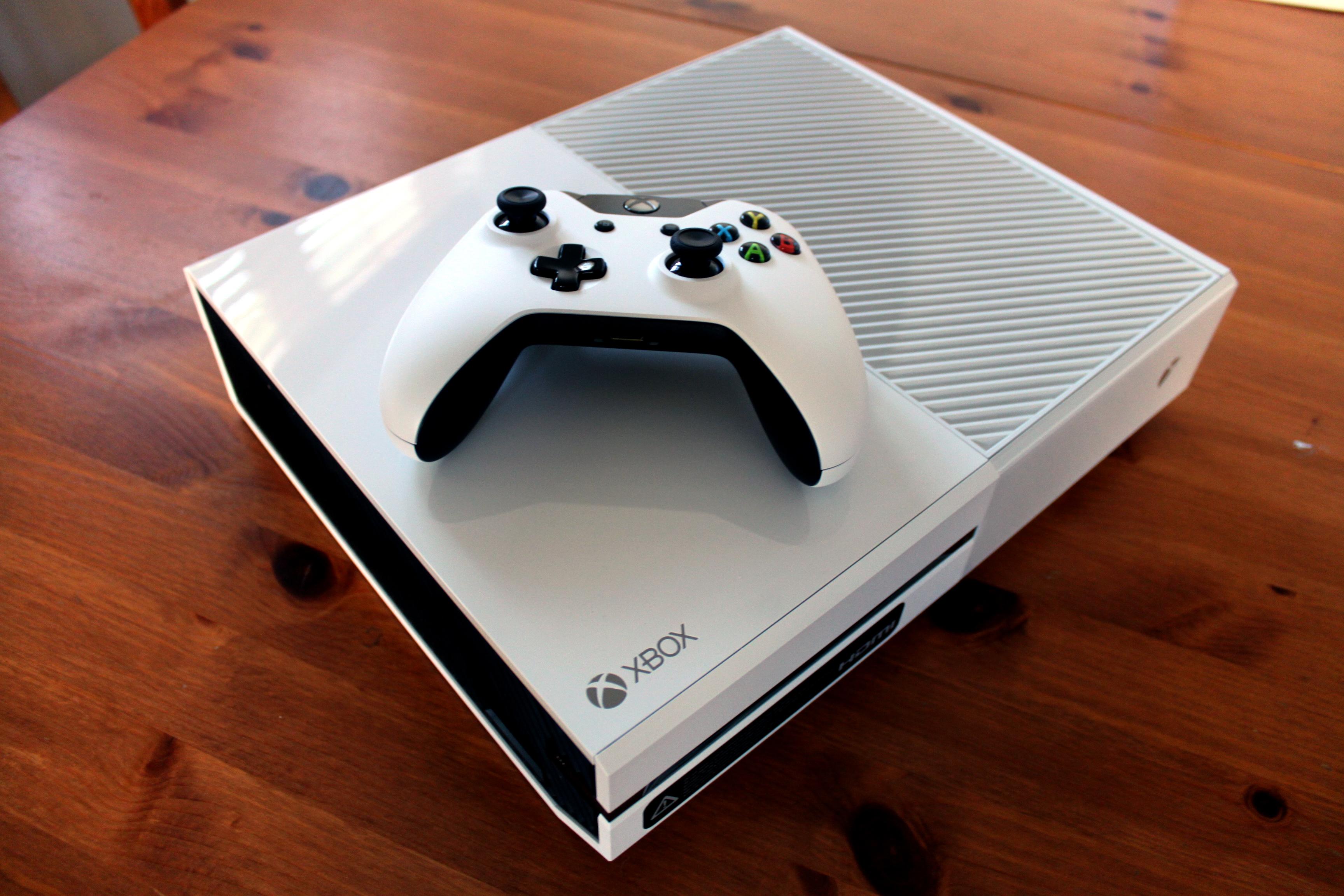 Xbox One | nicholasjparr Xbox One White Console Sunset Overdrive